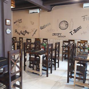 Foto 7 - Interior di Port Steak n Fish oleh Andin | @meandfood_
