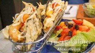 Foto 1 - Makanan(Sushi Taco) di Ardent Coffee oleh @gakenyangkenyang - AlexiaOviani