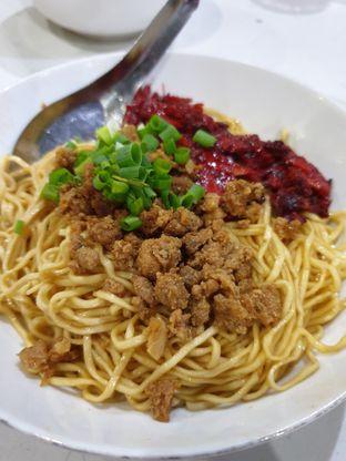 Foto 2 - Makanan di Bakmie Halleluya oleh Ken @bigtummy_culinary