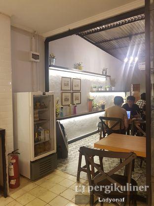 Foto 4 - Interior di Coffee 31 oleh Ladyonaf @placetogoandeat
