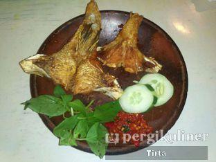 Foto 2 - Makanan di Gule Kepala Ikan Mas Agus oleh Tirta Lie