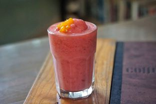 Foto 5 - Makanan(Strawberry Freezing Frozio) di Herb & Spice oleh Fadhlur Rohman