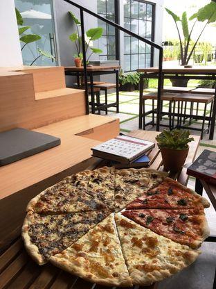 Foto 22 - Makanan di Sliced Pizzeria oleh Prido ZH