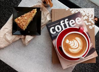 10 Coffee Shop di Sudirman Buat Nyantai Sambil Nunggu Macet