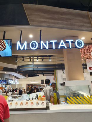 Foto 1 - Interior di Montato oleh Makan2 TV Food & Travel