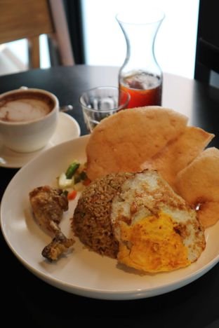 Foto 11 - Makanan di 7AM Coffee oleh feedthecat