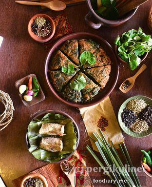 Foto 3 - Makanan di Talaga Sampireun oleh @foodiaryme | Khey & Farhan
