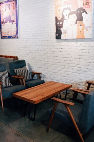 Foto 6 - Interior di Chief Coffee oleh Indra Mulia