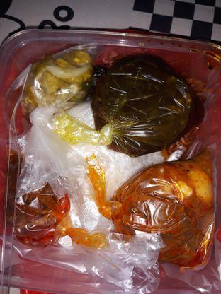 Foto 1 - Makanan di Makassar Seafood Pelangi oleh Mouthgasm.jkt
