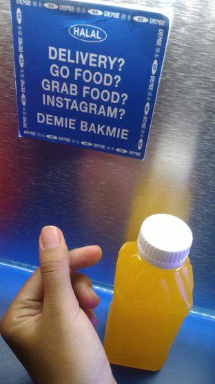 Foto review Demie oleh Utami Ningrum 5