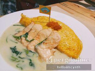 Foto 4 - Makanan(Creamy salmon) di Sunny Side Up oleh cynthia lim