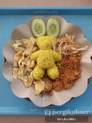 Foto 1 - Makanan(Paket Kirana) di Nasi Kuning Plus - Plus oleh UrsAndNic