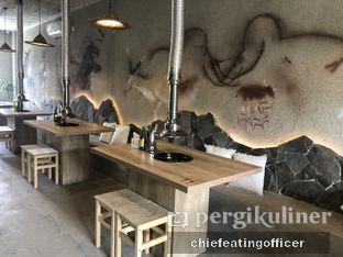 Foto 3 - Interior di Hunter's Grill oleh Cubi