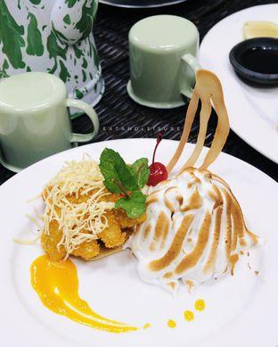 Foto review IR Resto - Gumilang Regency Hotel oleh Vina | Eat and Leisure 10