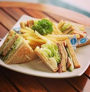 Foto - Makanan(club sandwich) di Excelso oleh kamubest85_gmail_com