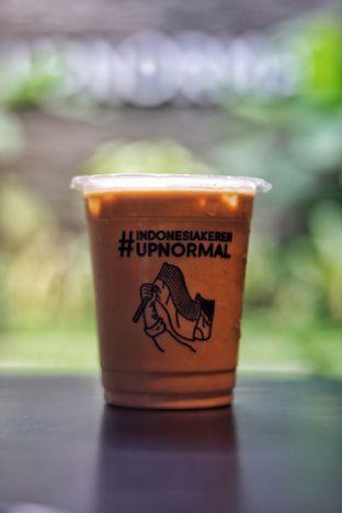 Foto 3 - Makanan(Es Kopi Susu) di Upnormal Coffee Roasters oleh Fadhlur Rohman