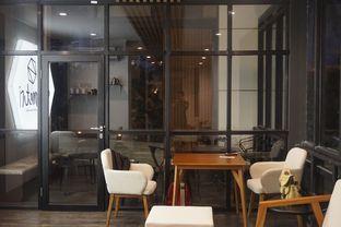 Foto 4 - Interior di Simetri Coffee Roasters oleh yudistira ishak abrar