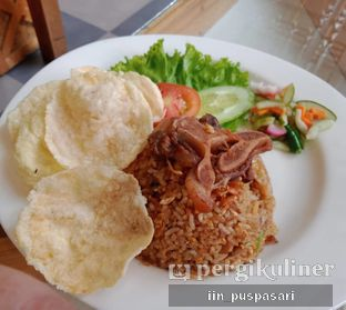 Foto 3 - Makanan(Nasi Goreng Buntut) di Pawon Pitoe Cafe oleh Iin Puspasari
