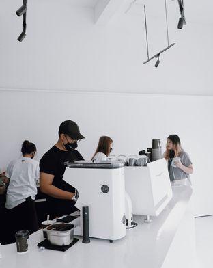 Foto 3 - Interior di After Friday Coffee oleh Della Ayu