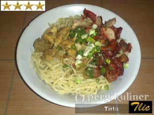 Foto 1 - Makanan di Bakmie Irian oleh Tirta Lie