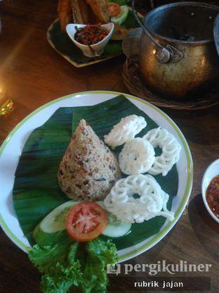 Foto 2 - Makanan(nasi tutug oncom) di Pojok Nasi Goang oleh ellien @rubrik_jajan