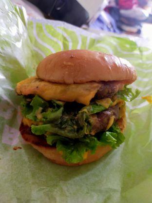 Foto - Makanan di Burger Bangor oleh Komentator Isenk