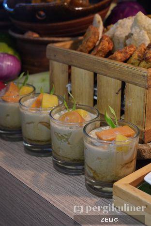Foto 7 - Makanan di Food Exchange - Hotel Novotel Mangga Dua oleh @teddyzelig
