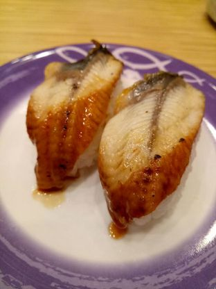 Foto 3 - Makanan di Sushi King oleh @duorakuss