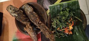 Foto 6 - Makanan di Waroeng SS oleh Pinasthi K. Widhi