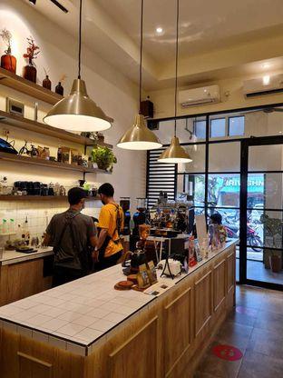 Foto 2 - Interior di Sedjenak Koffie En Eethuis oleh Linda Setiawati