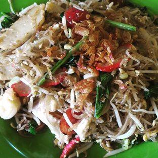 Foto 1 - Makanan(Bihun Goreng) di Kwetiau Akiat Medan oleh Andry Tan