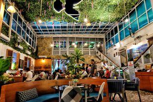 Foto 21 - Interior di Opiopio Cafe oleh Astrid Huang | @biteandbrew