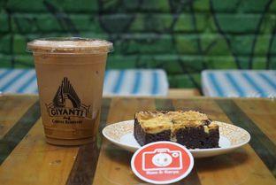 Foto 9 - Makanan di Giyanti Coffee Roastery oleh yudistira ishak abrar