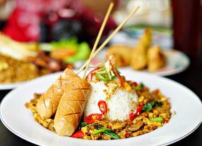 Alasan Logis Mengapa Orang Indonesia Tak Bisa Lepas dari Nasi