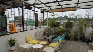 Foto 3 - Interior di Morethana Minilib & Coffee oleh Theodora