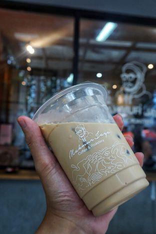 Foto 3 - Makanan(Es Kopi Makmur) di Makmur Jaya Coffee Roaster oleh Fadhlur Rohman