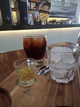 Foto 4 - Makanan(Ice Americano) di Fukudon Coffee N Eatery oleh Mita  hardiani