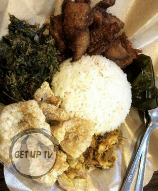 Foto 6 - Makanan di Babi Guling Ko Made oleh GetUp TV