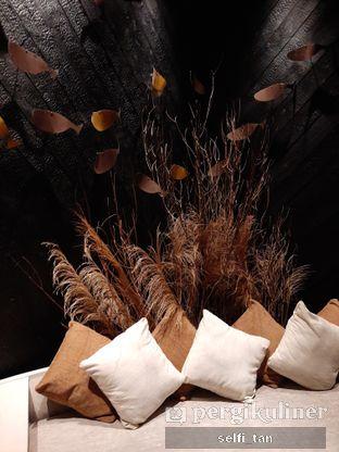 Foto 6 - Interior di Animale Restaurant oleh Selfi Tan