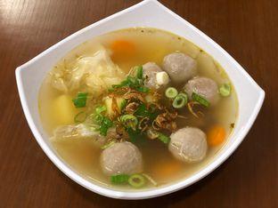 Foto 3 - Makanan di Sop Bakso Mama Khouw oleh feedthecat