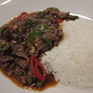 Foto 6 - Makanan(Nasi siram sapi cabe hijau) di Chopstix oleh Elena Kartika