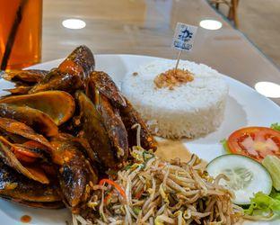 Foto review Pier 93 Gourmet Seafood Bistro oleh Tjiang Febryan 4