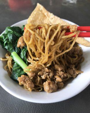 Foto - Makanan di Bakmi Gloria oleh Foodies Story