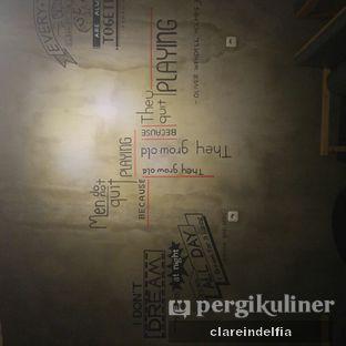 Foto 7 - Interior di CIRCULA Beer & Skewer oleh claredelfia