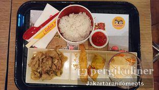 Foto 3 - Makanan di HokBen (Hoka Hoka Bento) -  Kartika Chandra Hotel oleh Jakartarandomeats