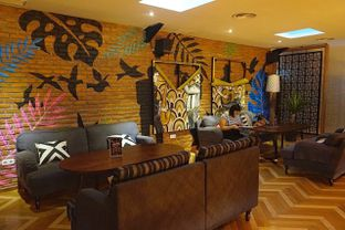 Foto 9 - Interior di Adamar Asian Bistro oleh yudistira ishak abrar