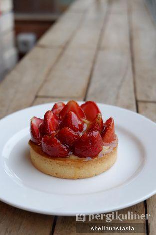 Foto 1 - Makanan(Tartelette Strawberries) di Levant Boulangerie & Patisserie oleh Shella Anastasia