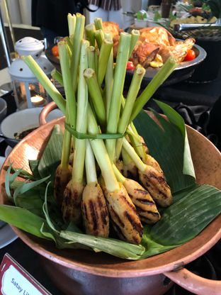 Foto 12 - Makanan di Canting Restaurant - Teraskita Hotel managed by Dafam oleh Mitha Komala