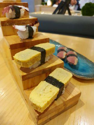 Foto 8 - Makanan di Sushi Hiro oleh Makan2 TV Food & Travel