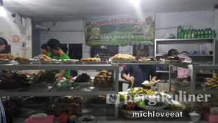 Foto 2 - Makanan di Warteg Gang Mangga oleh Mich Love Eat